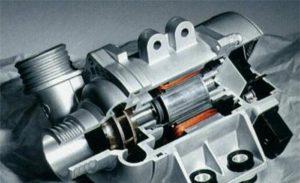 宝马的电子水泵具有很多优势,可以节省燃油